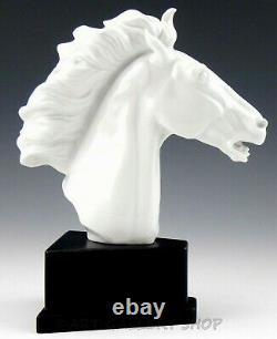 1949 Meissen Erich Oehme PORCELAIN SCULPTURE HORSE HEAD ON WOODEN BASE Mint