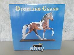 2006 Breyer Dixieland Grand Fine Porcelain Bay Pinto Plantation Walker