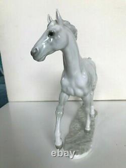 ART DECO HUTSCHENREUTHER PORZELLAN FIGUR PFERD JAZDA horse porcelain figurine