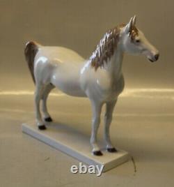 Bing & Grondahl 2271 White Arabian Horse Design Calvin Roy Kinstler