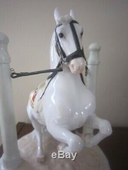 IN DEl PILAREN, AUGARTEN PORCELAIN VIENNA SPANISH HORSE RIDING SCHOOL LIPIZZANER