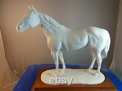Kaiser West Germain Bisque Porcelain Quarterhorse Figurine 646