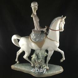 Lladro Porcelain Woman On Horse Figurine #4516-Very Good Condition-See Photos