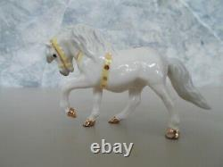 Lot 2 Vintage Hagen-Renaker Miniature Circus Pony Head Down & Up Gold Trim RARE