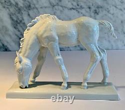 Meissen Blanc de Chine Grazing Horse 78714 Munch Khe c. 1930