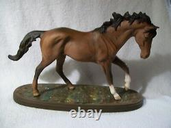 New in box Porcelain Ceramic Equine horse Royal Doulton Beswick statue Figurine