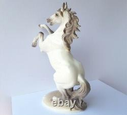 Porcelain Figurine/Horse, Design A. Göhring, Nymphenburg M108